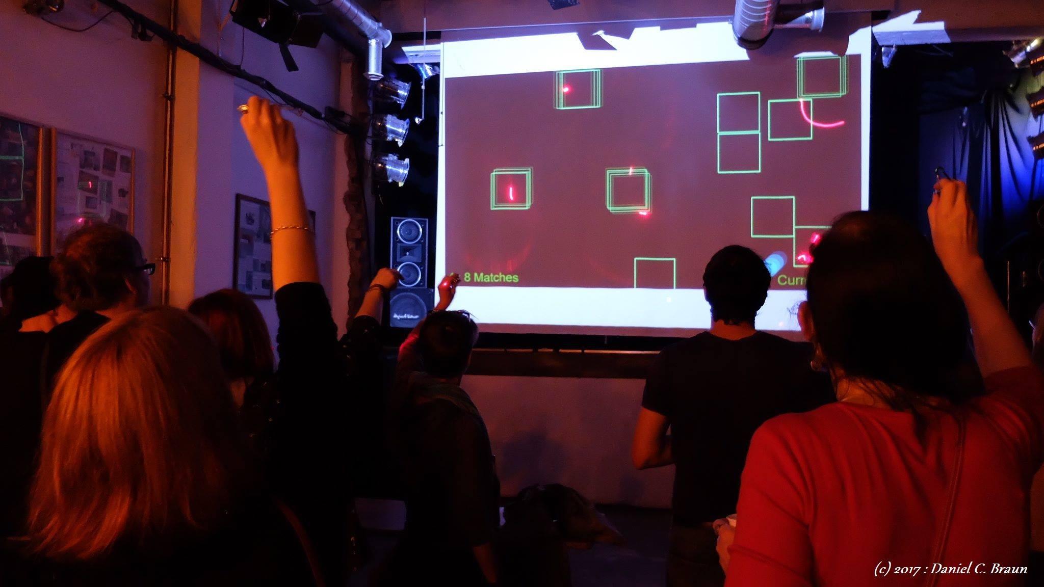 Theater Tumult: Laser Spiele
